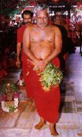 Adigalar as ANNAI Adhiparasakthi